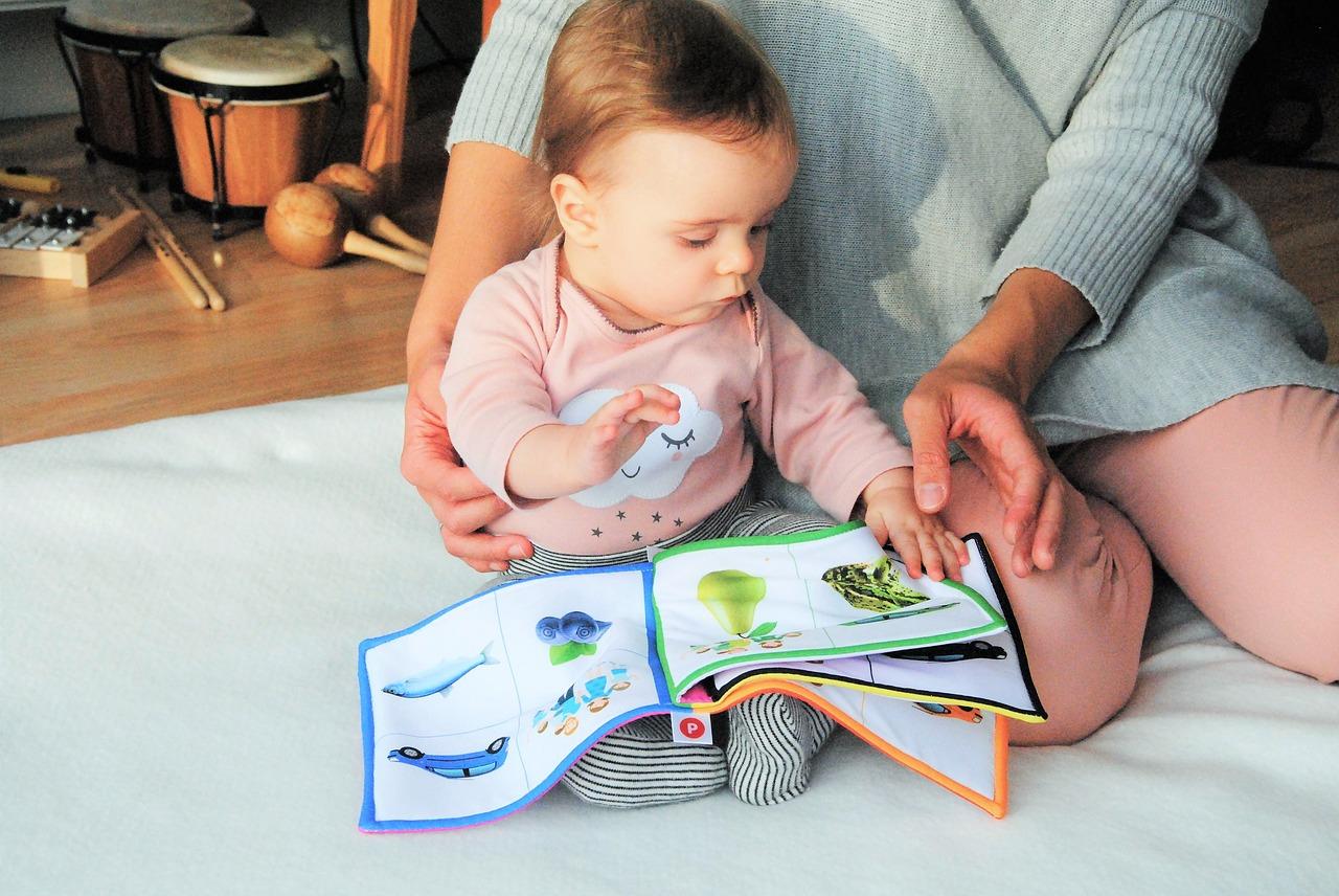 Uwaga na kolanka! Ochraniacze na kolana dla niemowląt
