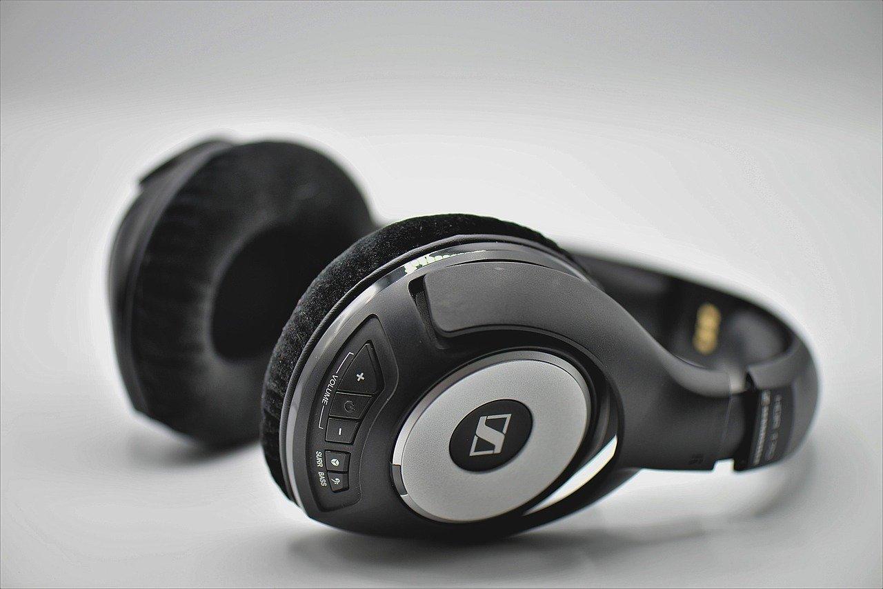Co należy wiedzieć o słuchawkach?